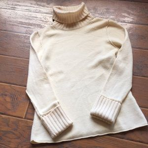 Banana Republic Turtleneck Sweater - Size Large